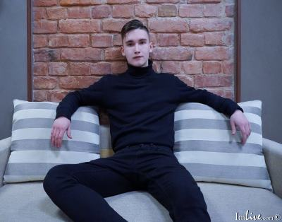 OliverJackmans, 20 – Live Adult gay and Sex Chat on Livex-cams