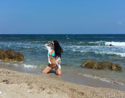 LovelyBellaa, 28 – Live Adult cam-girls and Sex Chat on Livex-cams