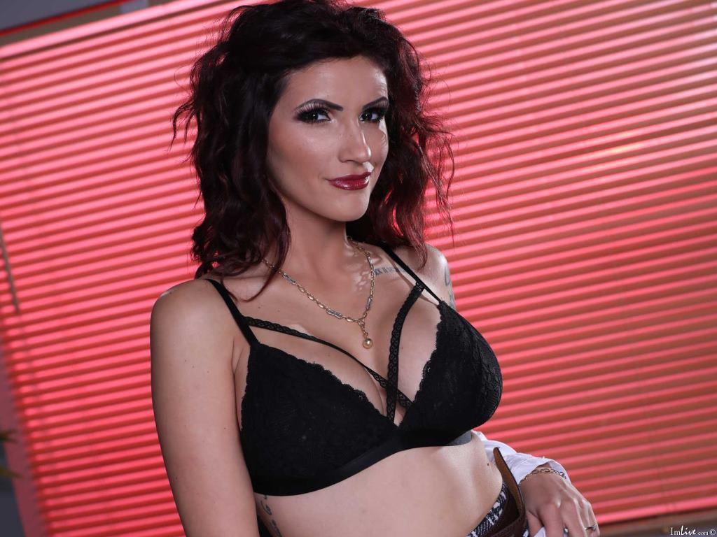 PornostarAmina174's Profile Image