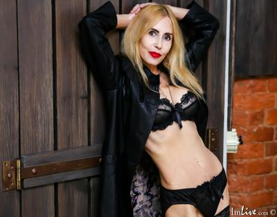 OneMatureJuice, 52 – Live Adult cam-girls and Sex Chat on Livex-cams